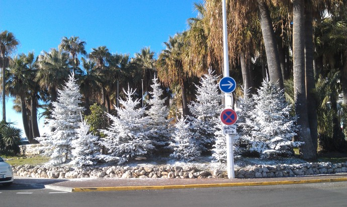 Some random photos to break up the text... I took this in Cannes.  I love the juxtaposition of the fake snow/palm trees!