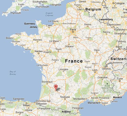 Port-Sainte-Marie, where the teacher lives, is marked in red.  It's really near Agen and between Toulouse and Bordeaux.